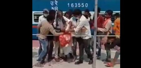 Poor People in India LockDown